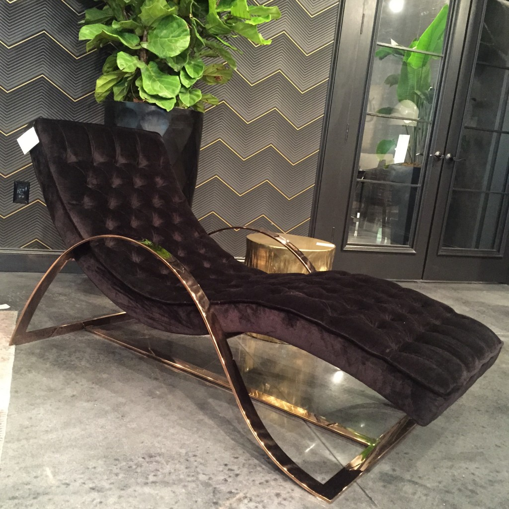 7 important design trends from hpmkt spring 2015 for Black and gold chaise lounge